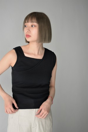 ROOM211 / Layered Tank (black)