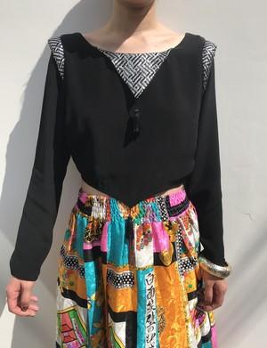 Vintage black × silver fringe blouse ( ヴィンテージ  ブラック × シルバー フリンジ ブラウス )