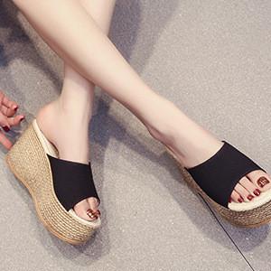 【ブラック】厚底 美脚 サンダル ビーチサンダル J64