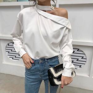 【トップス】ファッション長袖簡約・シンプルオープンショルダーボタンワンショルダーシャツ27178756