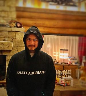 【送料込】WAGYUMAFIAオリジナル CHATEAUBRIAND パーカー ブラック デザインA