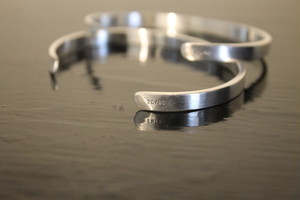 20/80 / STERLING SILVER ID BANGLE 5mm