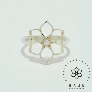 gajuvana ring (large・CZ)
