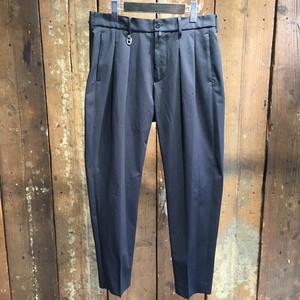 Milok ミロック / BOX TUCK TROUSERS / BLACK