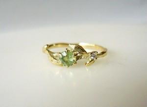 デマントイドガーネットとダイヤのオリーブの指輪
