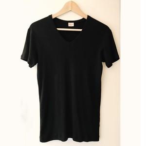 【SoftSeam Vネック Tシャツ】☆30%OFF 9,490円→6,643円