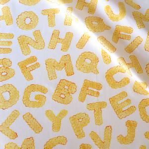 【オーガニックコットン サテン生地】biscuits alphabet(plain)100cm単位(幅142cm):受注生産