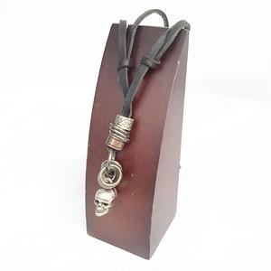 スカル 骸骨 ガイコツ 髑髏 ドクロ 本革 チョーカー レザー ネックレス 黒 ブラック 1957