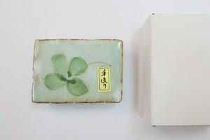 国産 陶器製 (クローバー・波画) 墨 床