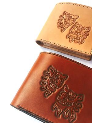 手彫りシーサー 本革二つ折り財布