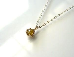 ナチュラルダイヤモンドのペンダント(イエロー)
