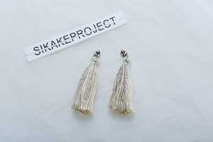 TASSEL PIERCE CATCH / 2 color