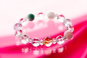 ◎★パワーストーンブレス★ラッキーレインボー・7色のストーンの美しい光の環のブレス