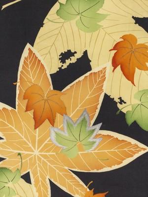 紅葉と枯れ葉 名古屋帯
