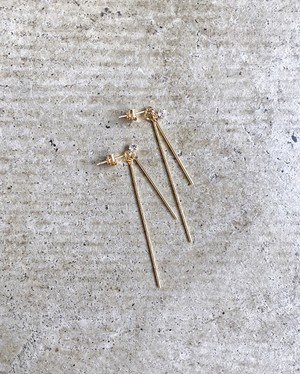 W straight pierce (gold)
