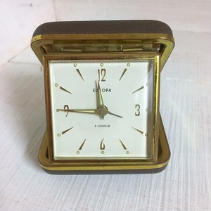 ドイツ製 ヴィンテージ   手巻き 目覚まし時計 旅行用 ゼンマイ式 アンティーク