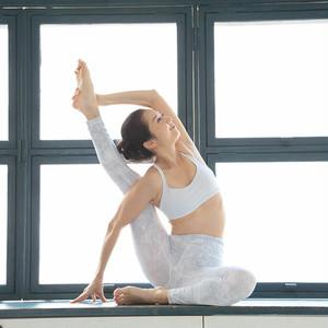 [9A6]6/9(日) 17:30-18:30 梅澤友里香/Tripti Aroma Flow for yogini