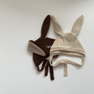 637. rabbit bonnet