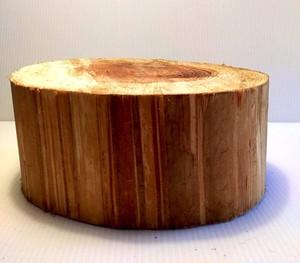 【デルフリキャンプ】切り株作業台 樹皮無し 直径26cm・高さ15cm