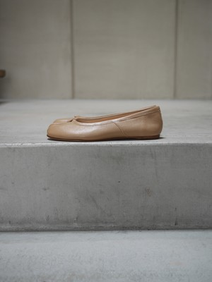 Maison Margiera / tabi ballet -vintage leather- (Nude)
