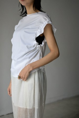 LOKITHO / GATHERED SLEEVE TOP C/S (white)