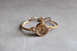 真鍮バングルの時計