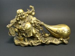 羅漢銅像 黄金袋