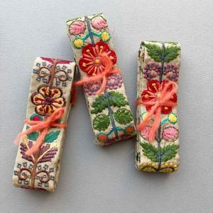 ベージュカラフルお花刺繍リボン(50cm)