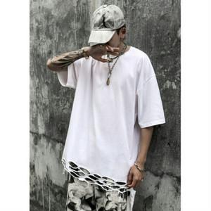 メンズ半袖Tシャツ。ヘムラインカットアウトユニセックスOKオーバーサイズ黒/白2カラー