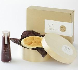 岡山県産濃厚豆乳のチーズケーキと無添加フルーツコンフィチュール ギフトボックス入り