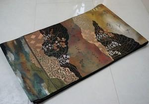 服部織物 こはく錦 手工芸 花柄 雲取り 袋帯 金銀糸 黒 129
