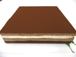 18㎝ 月替わりホールケーキ・4月「ショコ・マントゥ」チョコとミントの爽やか5層仕立て