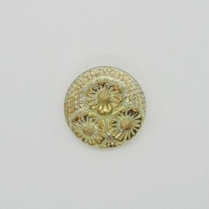 チェコガラスボタン2.7cm::: 菊の花3輪 黄緑×虹