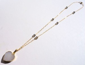 Druzy heart pendant