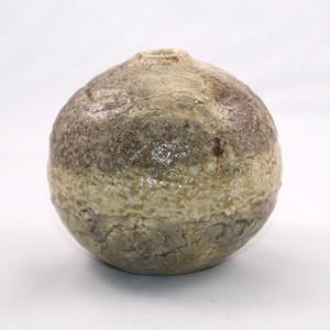 灰釉 小壺  Haiyu(Ash Glaze) Small Vase