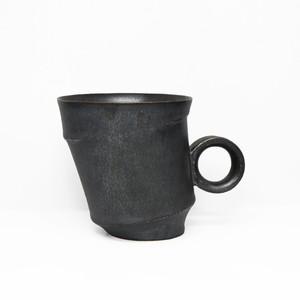 無骨さと美しいフォルム持ち合わせた 陶芸作家【古賀崇洋】Mug Cup マグカップ ver.02 (BLK)