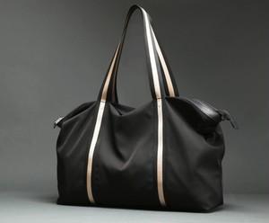 メンズトートバッグ大きいサイズ。旅行コーデおすすめブラックカラー