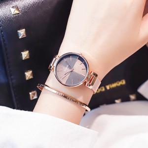 【ACC】レディース腕時計 クオーツ式 大きいケース 防水ウォッチ23492160