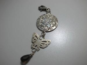 [和風手作りシルバーアクセサリー]ペンダント・牡丹と蝶と雫