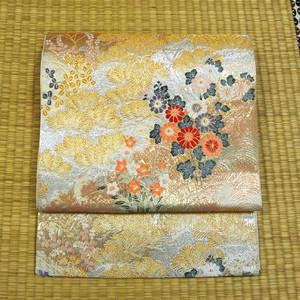 金銀織り模様に鶴と草花 袋帯