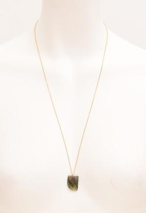 ストーンモチーフ× ゴールド ネックレス