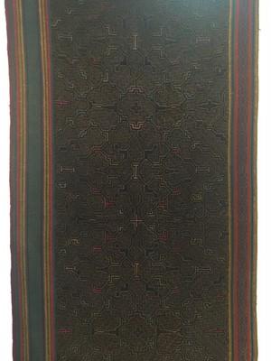 アマゾンの大刺繍 シピボ族の刺繍腰巻23 泥染黒