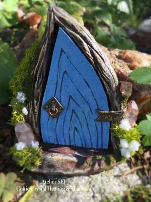 妖精のドア「ヴェンティエッポル」<魔法の不思議雑貨>