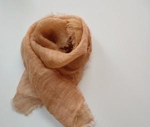 秋まで使える♪ふんわり柔らかなリネンガーゼミニストール 草木染め びわ染*銅媒染