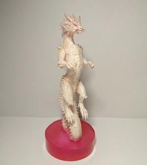 白龍(ピンク) ~龍神フィギュア
