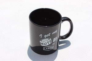 LABOR AT LABOR MUG BLACK