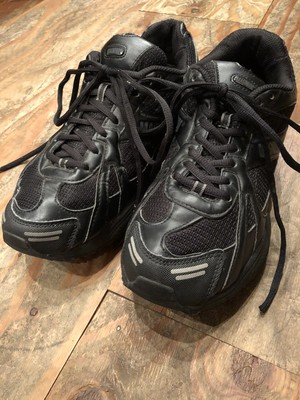 "British military training shoes ""Magnum"" black color"