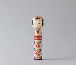 作並伝統こけし6寸| 加納木地店 加納博工人 / Sakunami kokeshi -red, made by Hiroshi Kanou, Japanese wooden kokeshi doll.