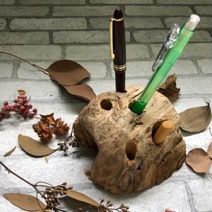 流木のペンスタンド・ペン立て1
