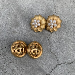 vintage earrings -gold 2pattern-
